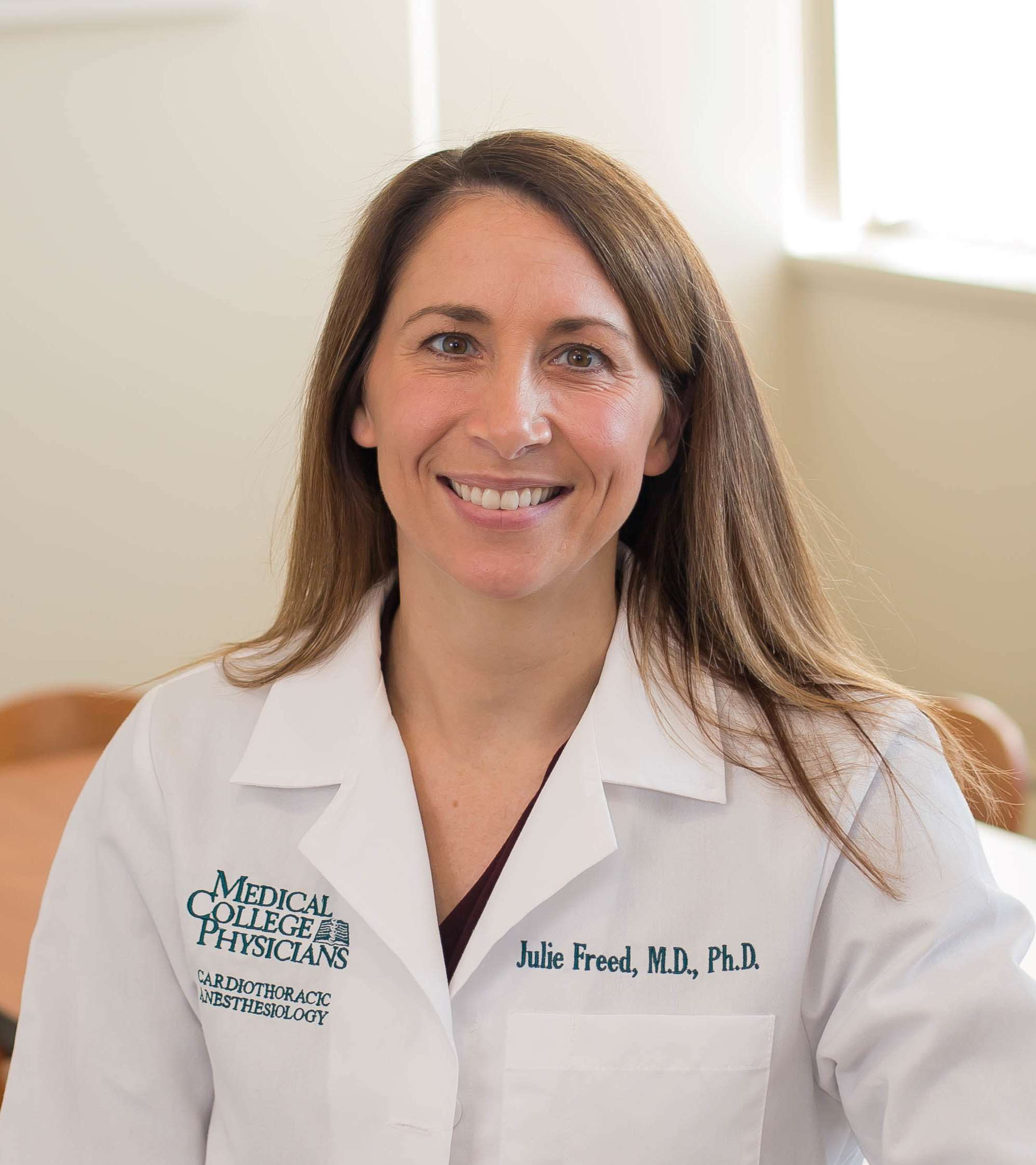 Dr Julie Freed, MD, PhD