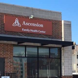 Ascension Family Health Center, Columbia St. Mary's