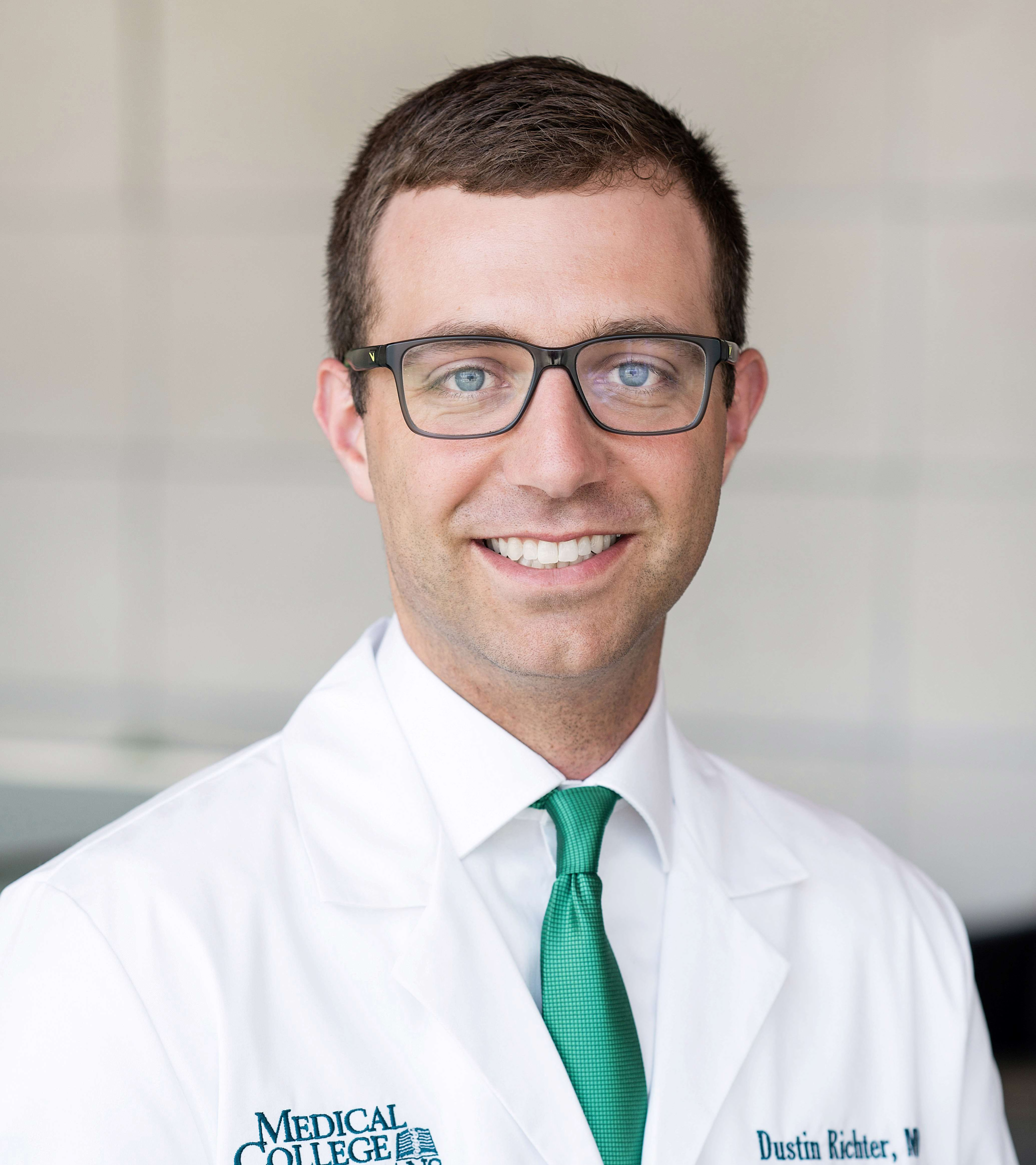 Dustin Richter, MD