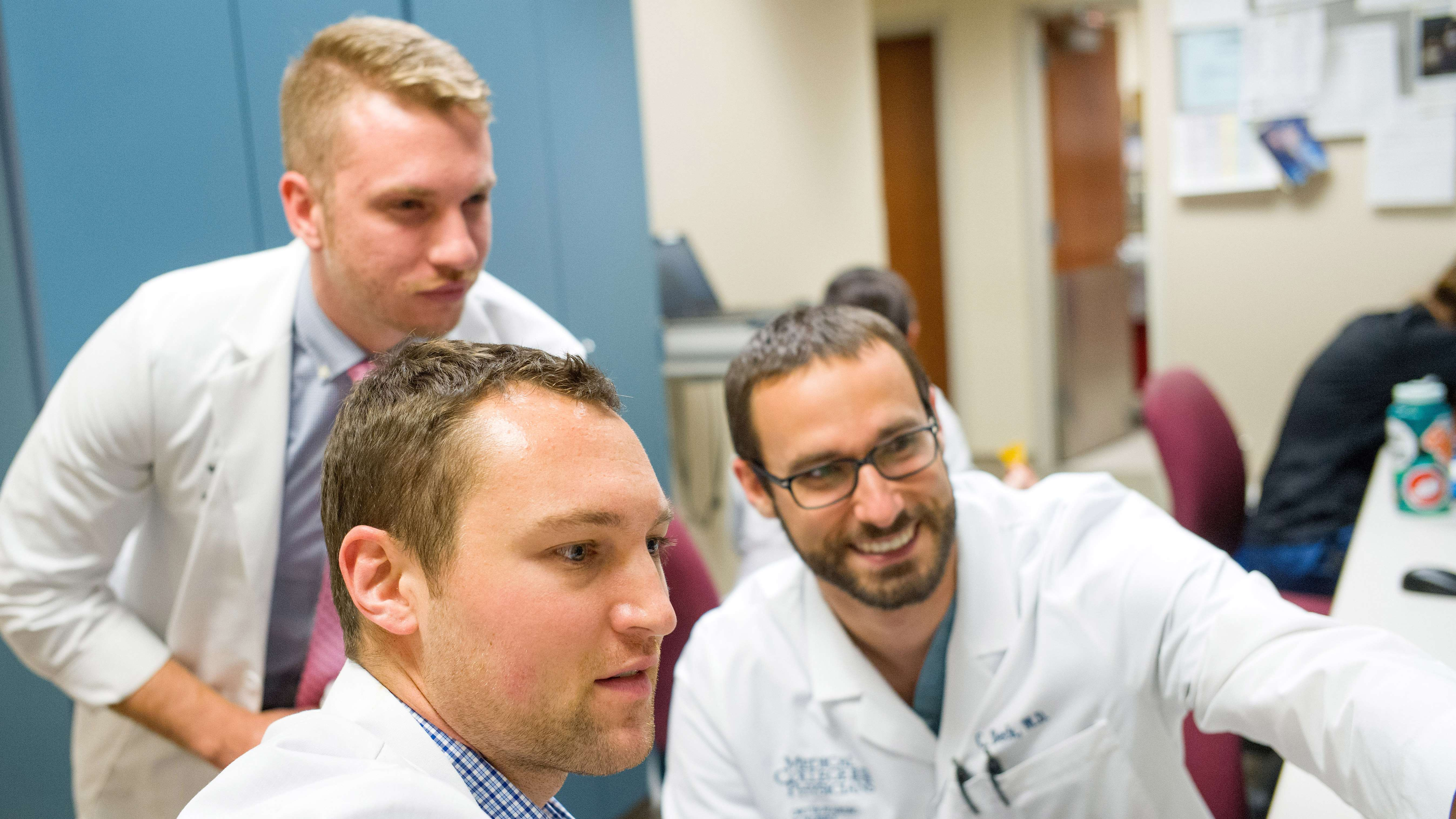 Apply to Orthopaedic Surgery Residency